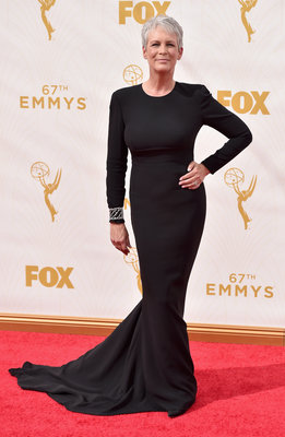 LOS ANGELES, CA - SEPTEMBER 20: Actress Jamie Lee Curtis attends the 67th Emmy Awards at Microsoft Theater on September 20, 2015 in Los Angeles, California. 25720_001 (Photo by Alberto E. Rodriguez/Getty Images for TNT LA)