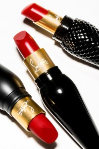 Rouge_3_Finishes_Group-louboutin-6aug15-pr_b_426x639